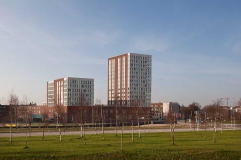 Woonwinkelcomplex en plein Beijerkop Oost